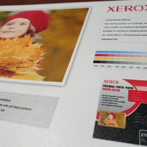 کاغذ گلاسه زیراکس ابریشمی۲۷۰ گرم 2۰ برگی سایز A4